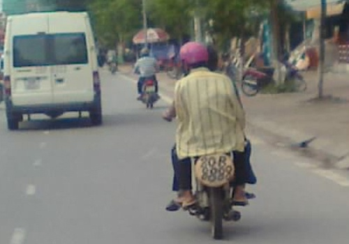 20130520_haihuocvietnam02