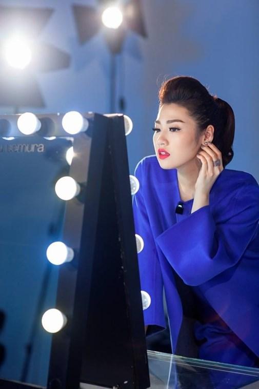 anh-hau-truong-khong-photoshop-cua-5-hoa-hau-a-hau-hot-nhat-hien-nay-1622875