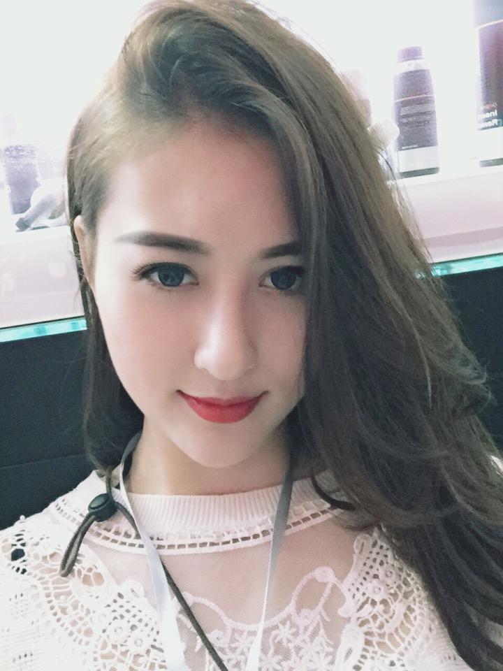 hot-girl-de-thuong-hoc-gioi-12