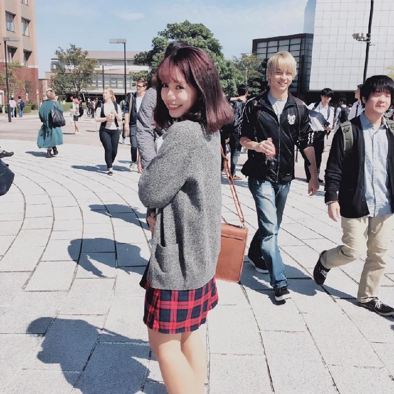hot-girl-de-thuong-hoc-gioi-16