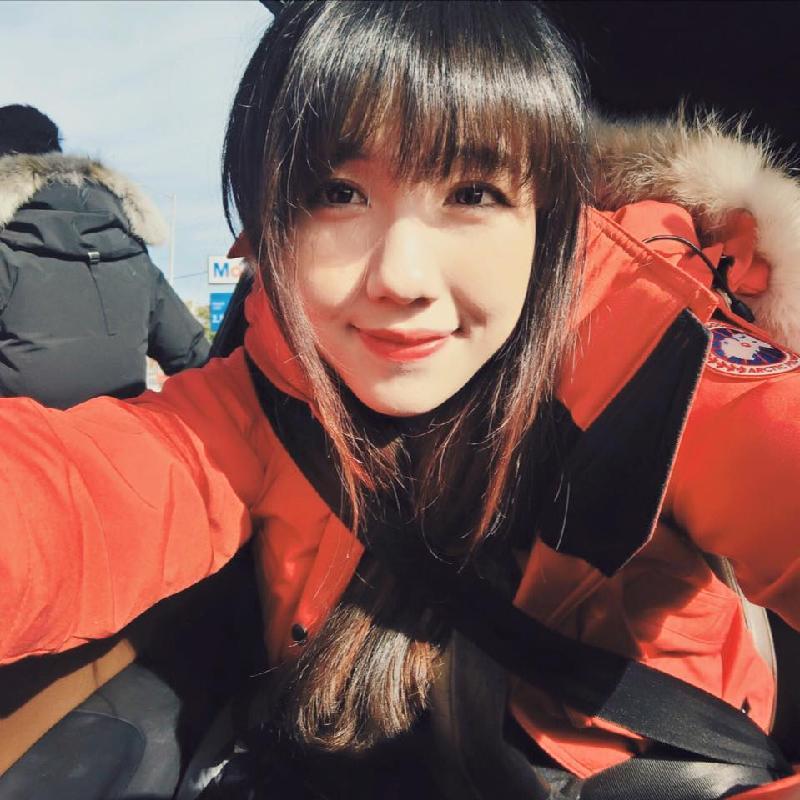 hot-girl-de-thuong-hoc-gioi-5
