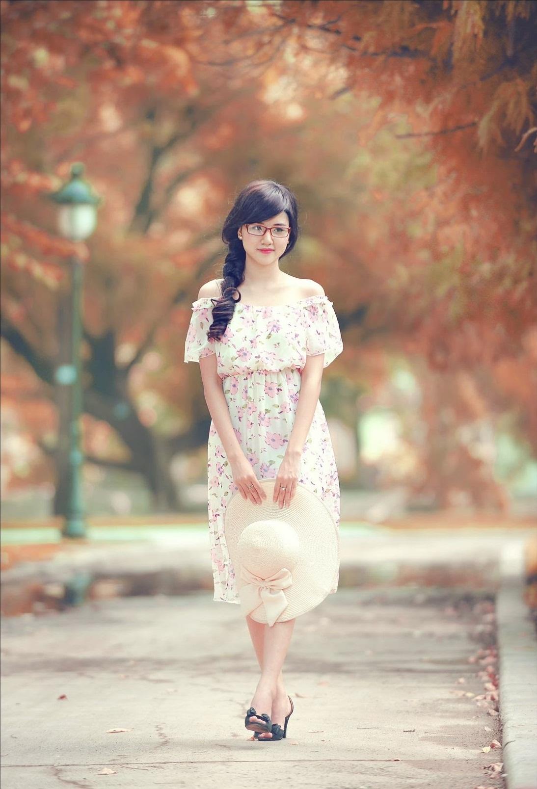 hinh-girl-xinh-de-thuong-lam-hinh-nen-dien-thoai-12