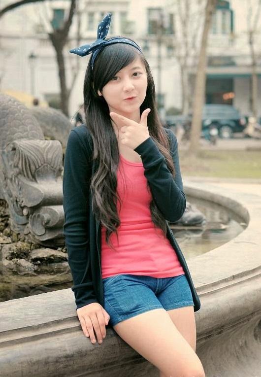 hinh-girl-xinh-de-thuong-lam-hinh-nen-dien-thoai-16
