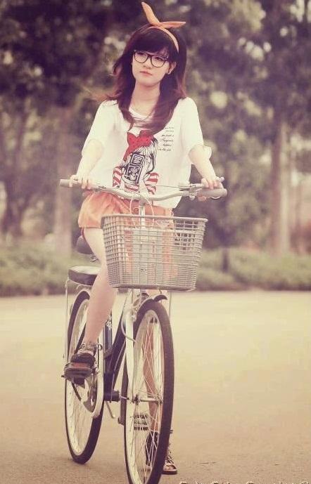 hinh-girl-xinh-de-thuong-lam-hinh-nen-dien-thoai-5