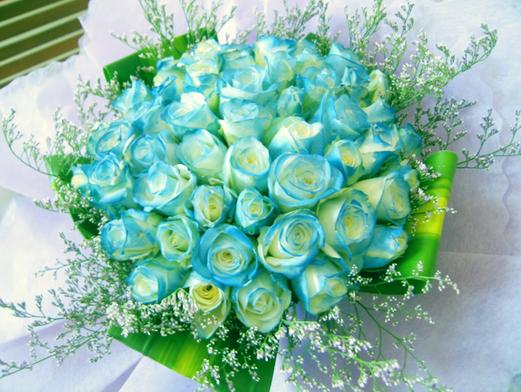 hoa-hong-xanh-dep-tang-nguoi-yeu-ngay-valentine-2