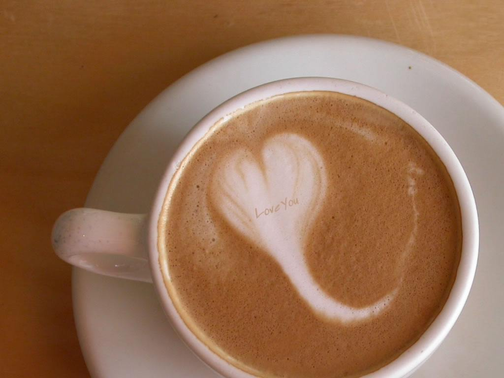 nhung-hinh-nen-ly-cafe-dep-ve-tinh-yeu-ngot-ngao-va-lang-man-nhat-13